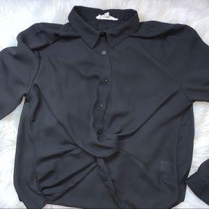 Black long sleeve shirt 🖤